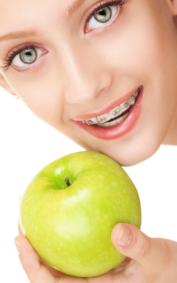 Avoid Damaging Braces During Apple Picking Season